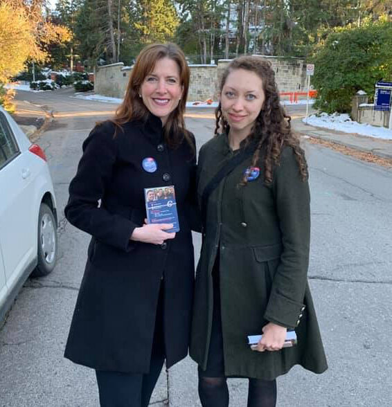 Calgary-Peigan MLA, and Minister of Economic Development, Trade & Tourism, Tanya Fir went out doorknocking with my team on October 2 in Mount Royal.