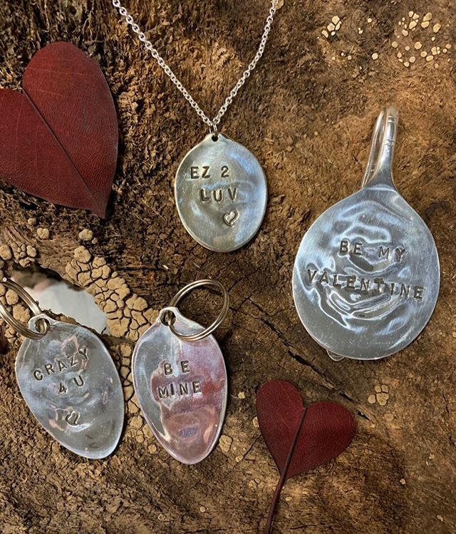 Give a customized saying to your sweetie!  Stop by and visit Don from Twisted Metal to have him stamp your choice of silverware item just in time for Valentine's Day!  Drop in on Sunday, Feb. 10 from 11a.m. - 3p.m.