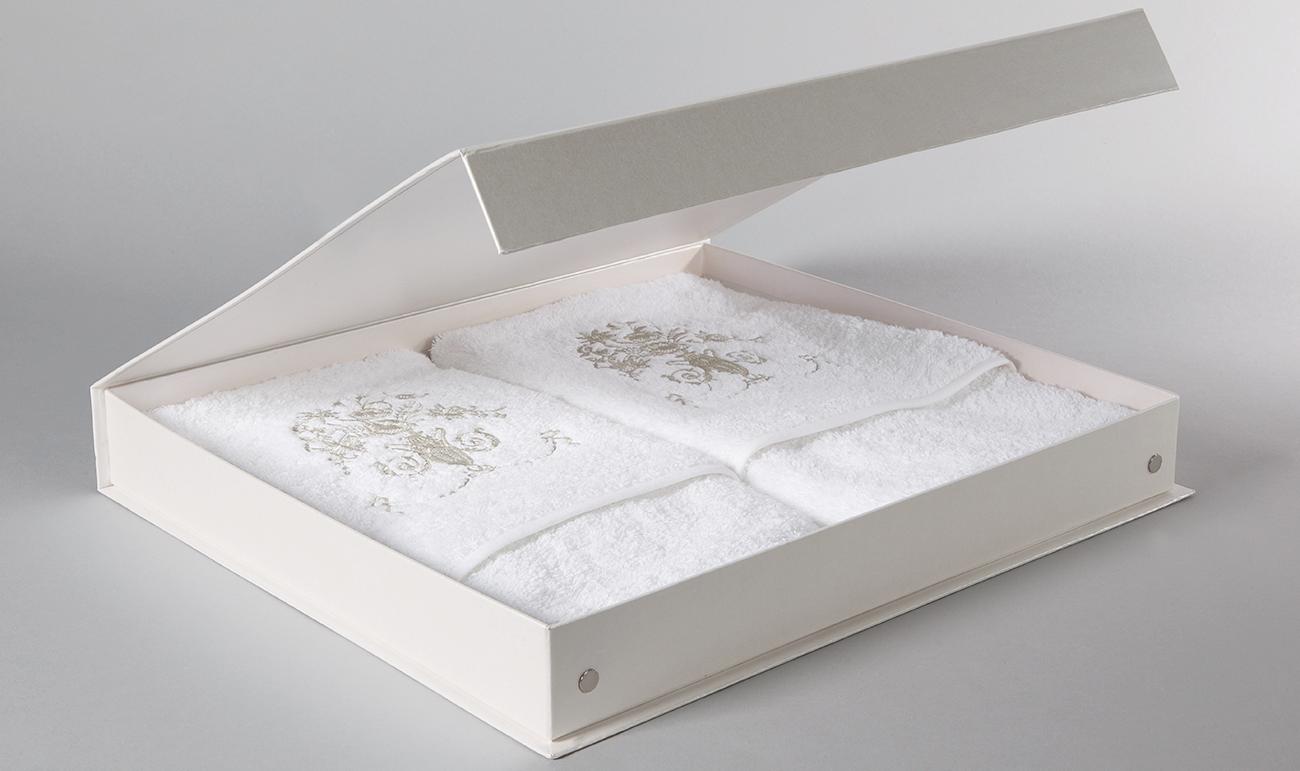 Ręczniki Royal pudełko 2 1300x771.png