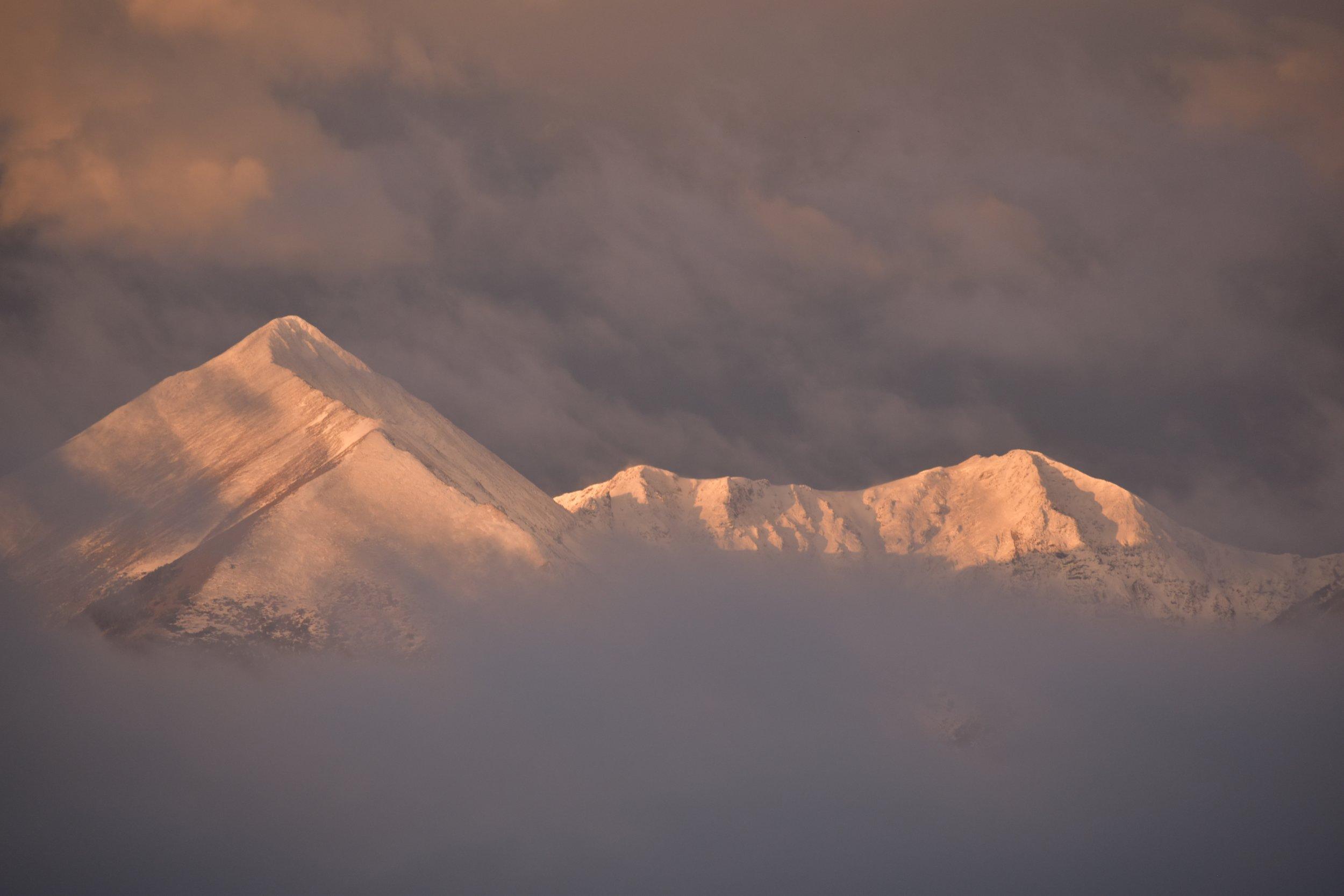 westclffe-snowy-peaks.jpg