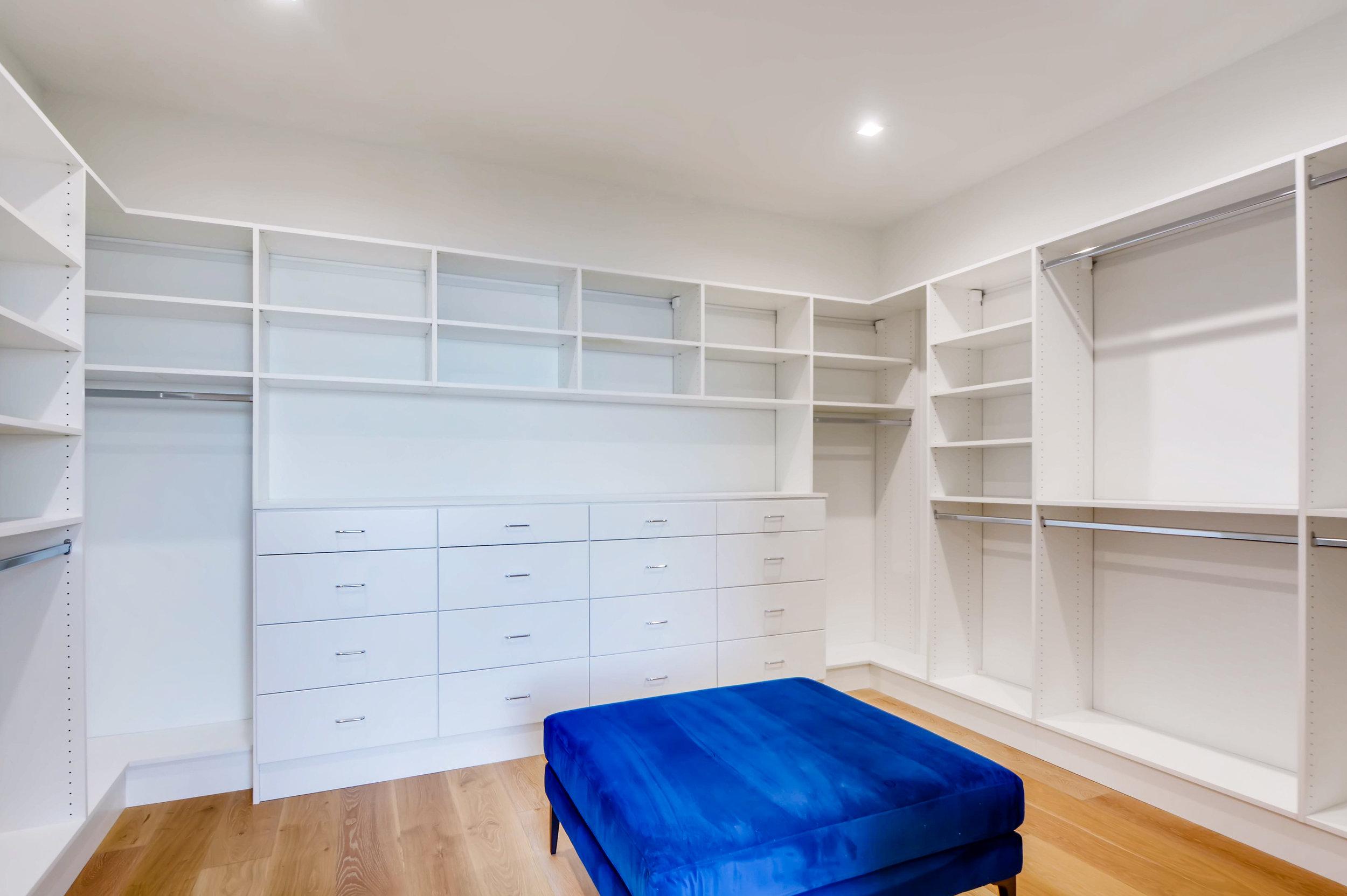 12410 Holmes Point Drive NE-print-024-38-2nd Floor Master Bedroom-4200x2794-300dpi.jpg