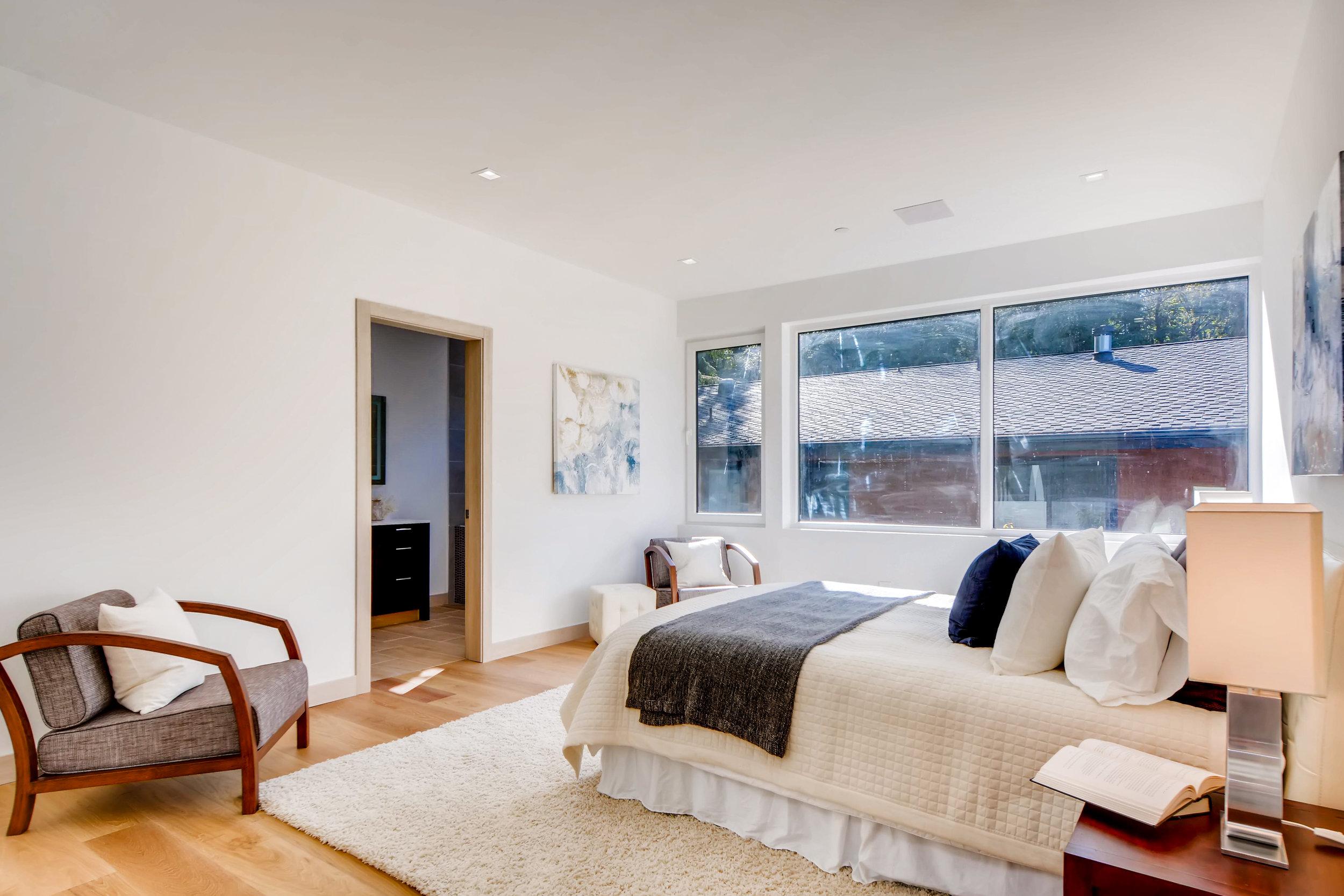12410 Holmes Point Drive NE-print-025-20-2nd Floor Bedroom-4200x2802-300dpi.jpg