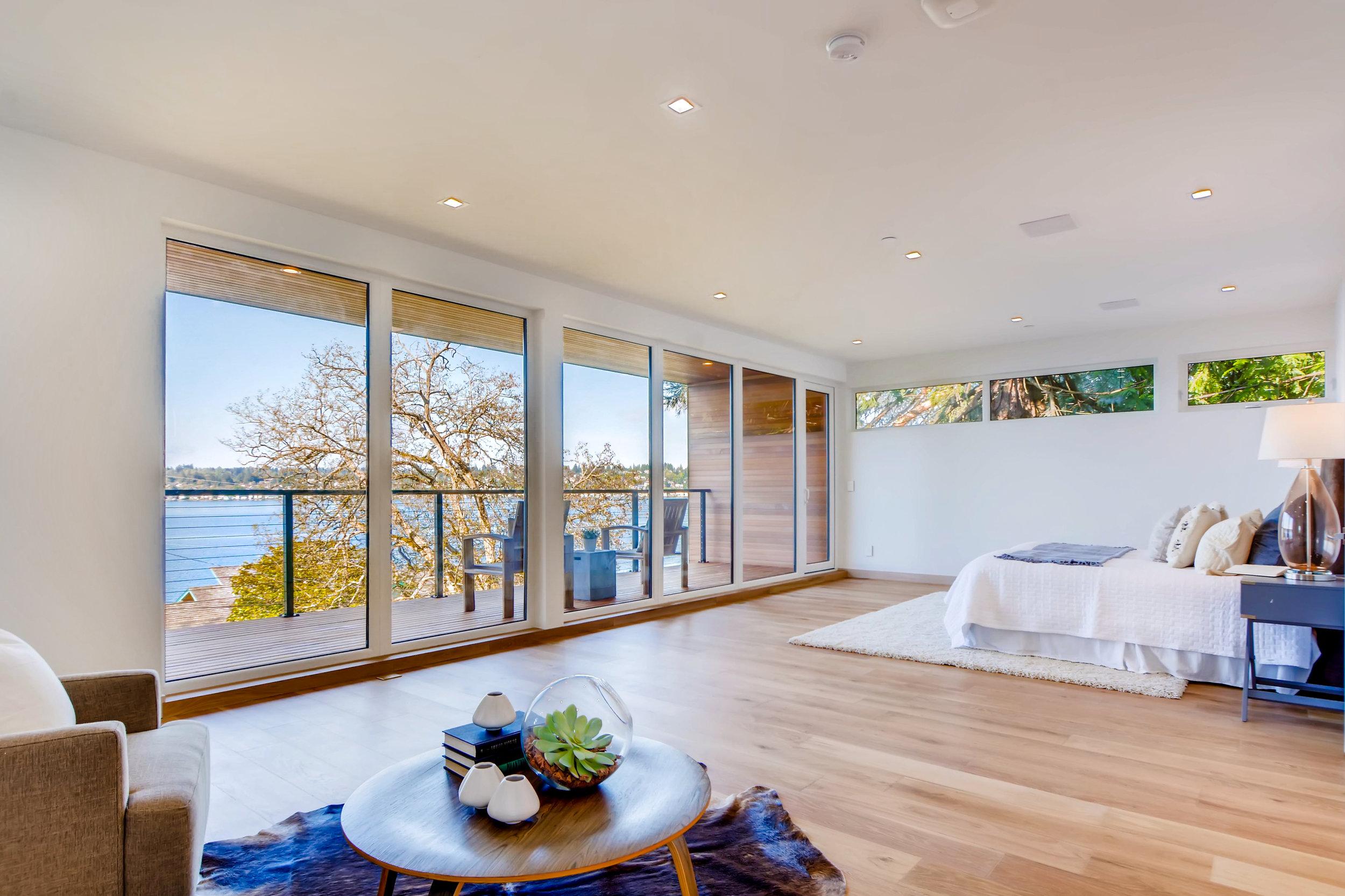 12410 Holmes Point Drive NE-print-021-34-2nd Floor Master Bedroom-4200x2802-300dpi.jpg