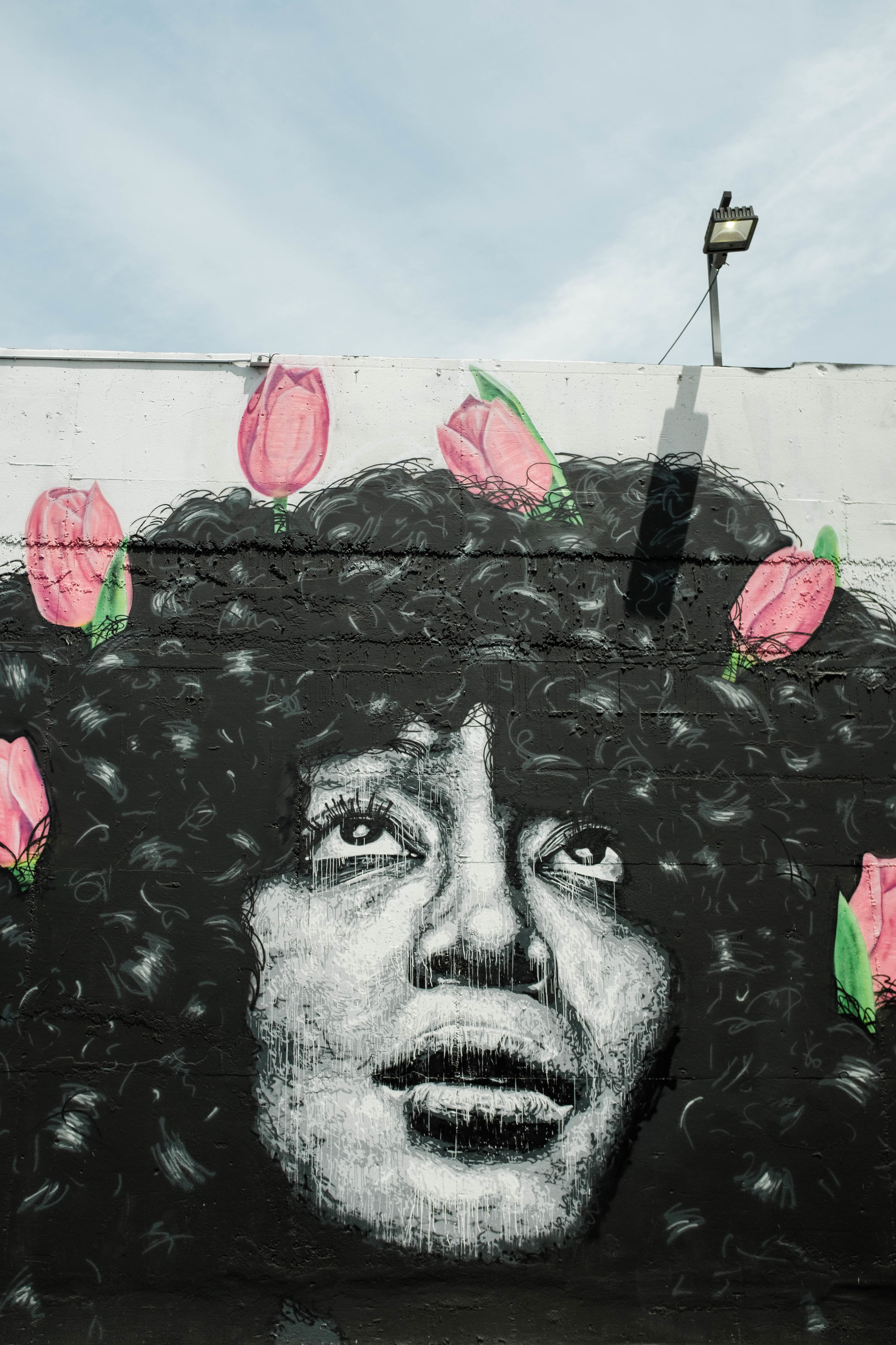 HOW TO FIND DOWNTOWN LA'S MOST INSTA-WORTHY WALLS -
