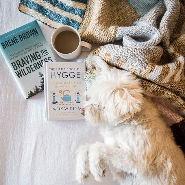 Do you know how to say Hygge? ⠀⠀⠀⠀⠀⠀⠀⠀⠀ I love the concept of hygge (pronounced HOO-ga, at least I think that's right...) It's the idea of creating an environment of cozy contentment. Think soft cuddly blankets, a warm fire, candles and hot tea. ⠀⠀⠀⠀⠀⠀⠀⠀⠀ Sounds like heaven doesn't it? ⠀⠀⠀⠀⠀⠀⠀⠀⠀ Today on Lark we have 7 ways to create a Hygge-like environment in what's probably one of the least cozy spaces you can imagine: ⠀⠀⠀⠀⠀⠀⠀⠀⠀ An airplane. ⠀⠀⠀⠀⠀⠀⠀⠀⠀ Flying is hard enough with rude passengers, crammed seats and people who bring super smelly food on board (who does that?!?) ⠀⠀⠀⠀⠀⠀⠀⠀⠀ To make flying the friendly skies more enjoyable, you've got to bring the Hygge (link in profile). . . . . . . . . . . . . . #copenhagen #denmark #Scandinavia #lovethiscity #citybreak #citylovers #exploringthecity #citysightseeing #citytripping #cityexploring #dametraveler #sheexplores #womenhelpingwomen #shetravels #thewanderingtourist #darlingplaces #herwanderfullife #womenwhowander #femmetravels #wanderwomeninc #girlstoptravel #createalifeyoulove #wholeheartedliving #designalifeyoulove #trustyourpath #powerofshe #awakethesoul #thelarklist #liveauthentic