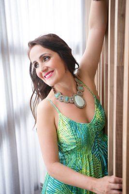 Juliana-Areias-1-IMG_1623-267x400.jpg