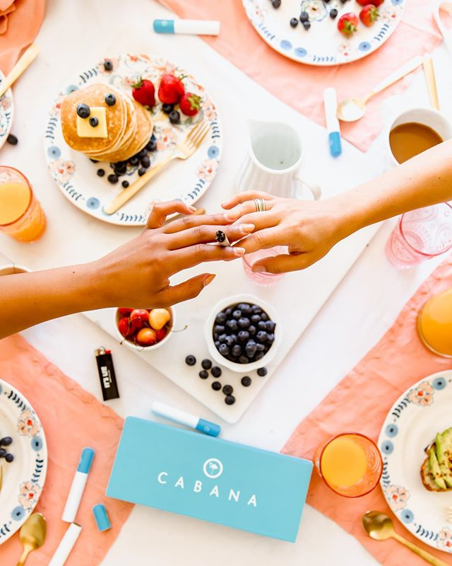 ⚠️Client photo drop + 21 & over only ⚠️ This morning I photographed a brunch scene for @cabanarolls and it was one of my favorite shoots ever. I think it was a fun challenge in styling and I really loved the color palette for summer photos. Super excited to shoot day ✌🏼 tomorrow! #foodiesnitch
