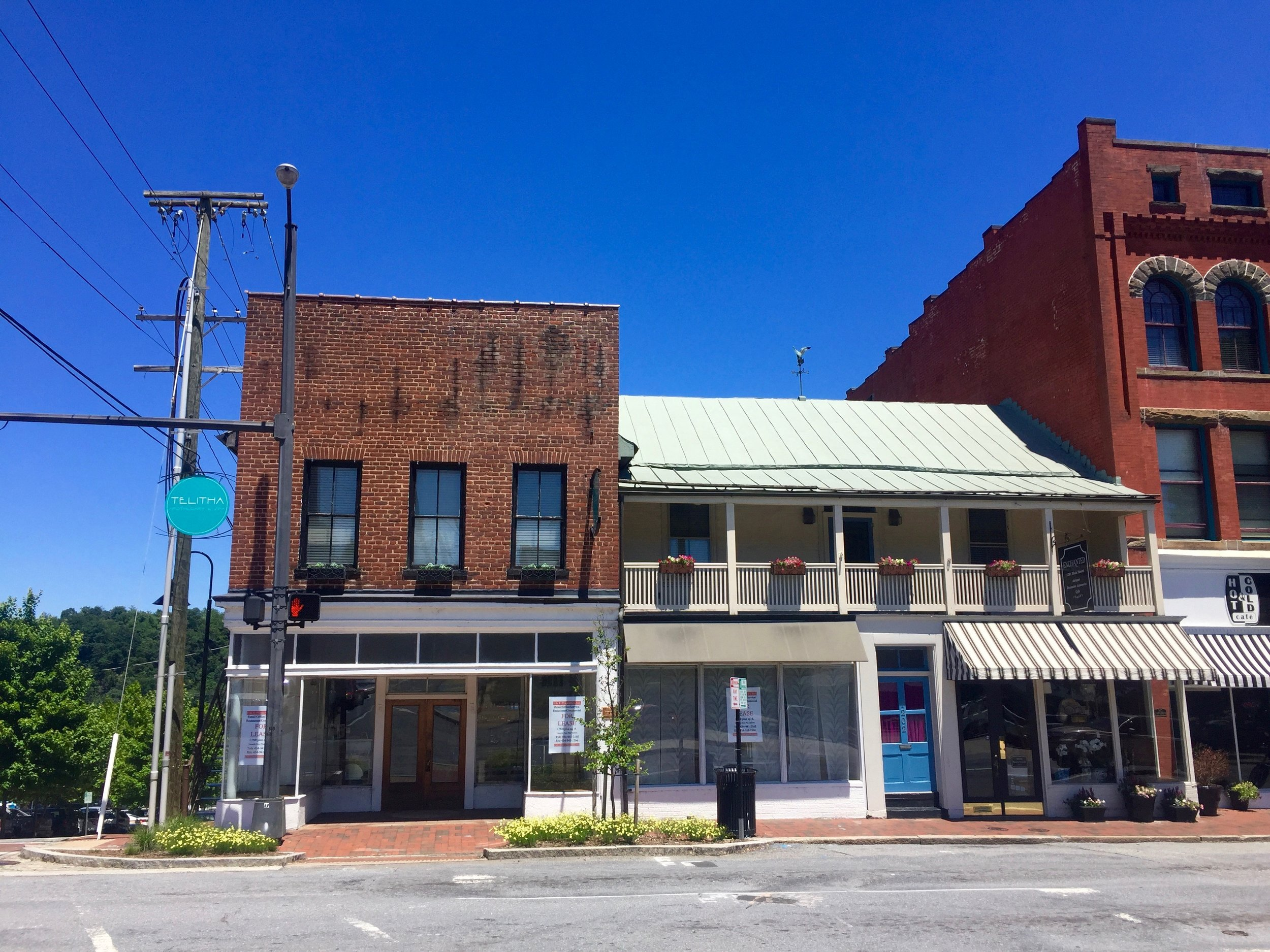 1200 Main Street   FOR LEASE   Read More…