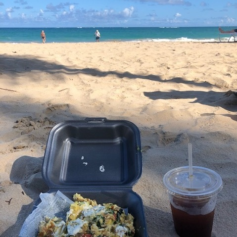 Breakfast on the beach before we started our volunteer day