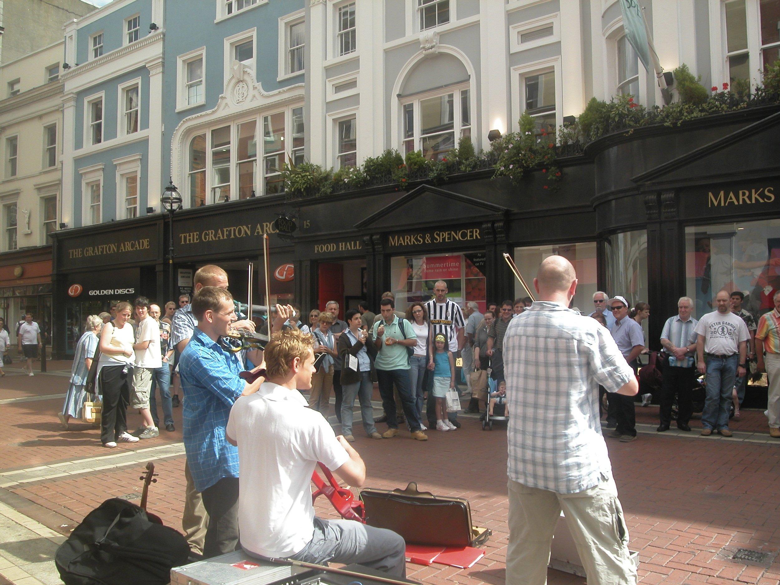 Stringfever electric quartet busking grafton street dublin.jpg
