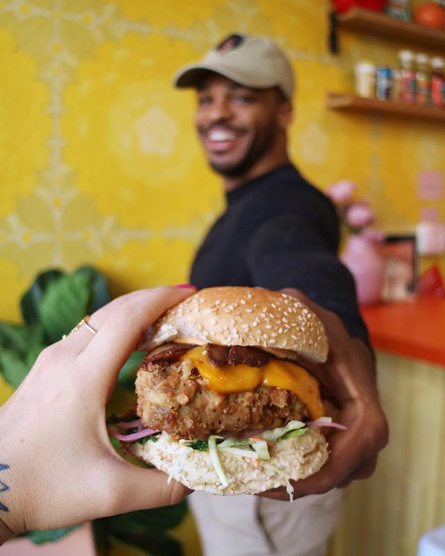 Picnic Basket handoff 🍔💛 TRUE #veganrelationshipgoals photo from @wholelottafoodshit and @veganbodegacat