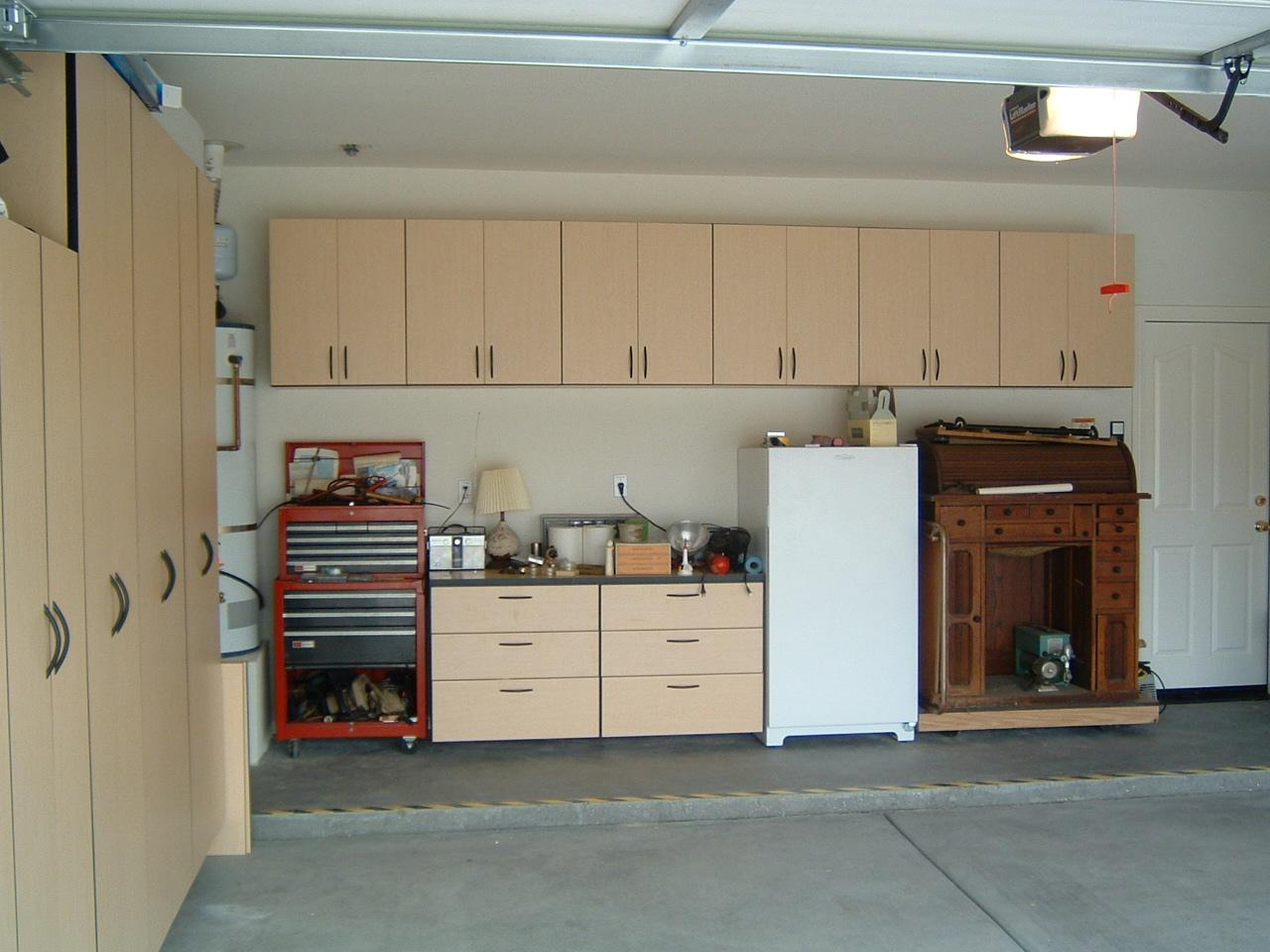 Roe's Garage Installed (3).JPG