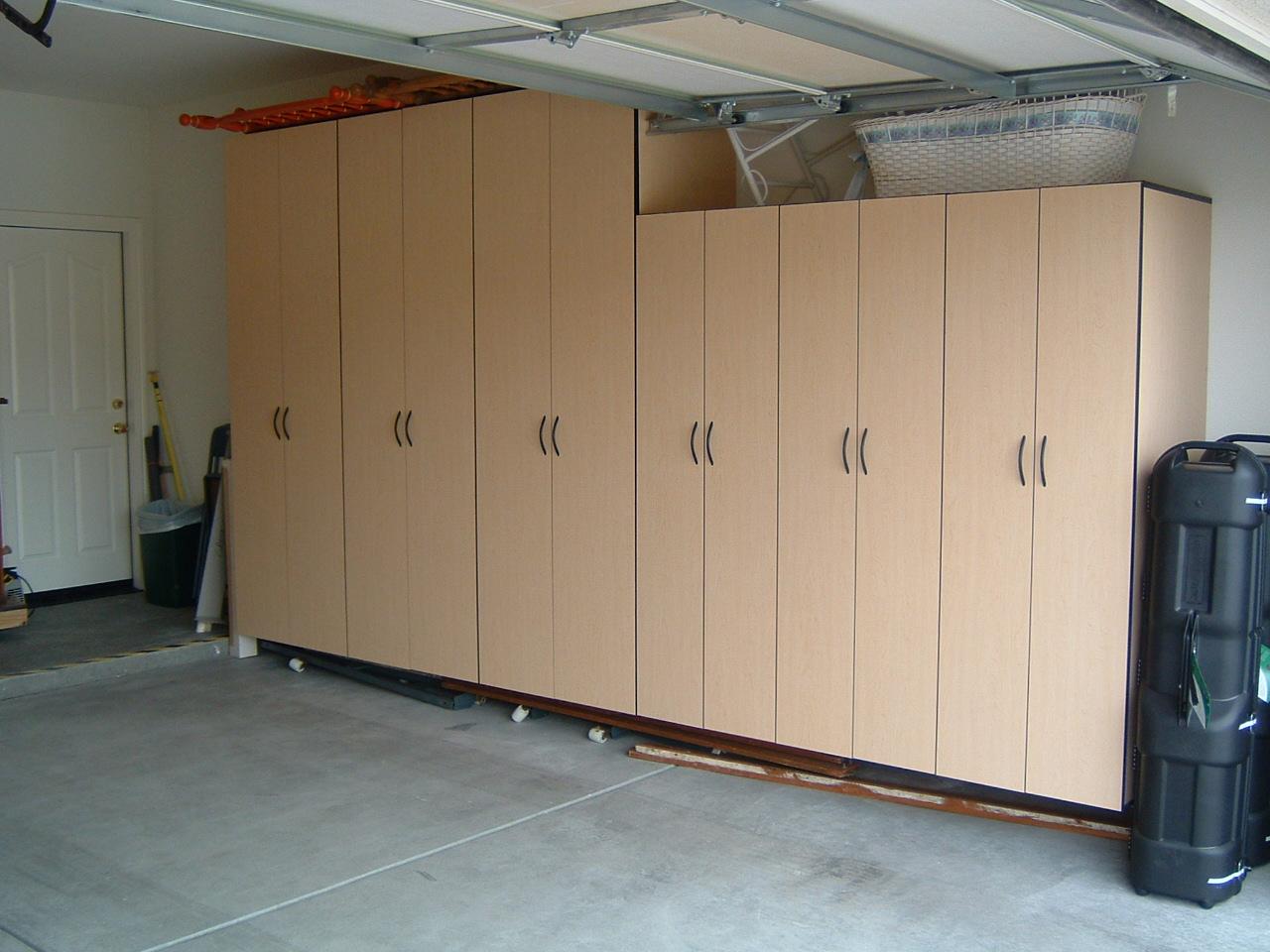 Roe's Garage Installed (4).JPG