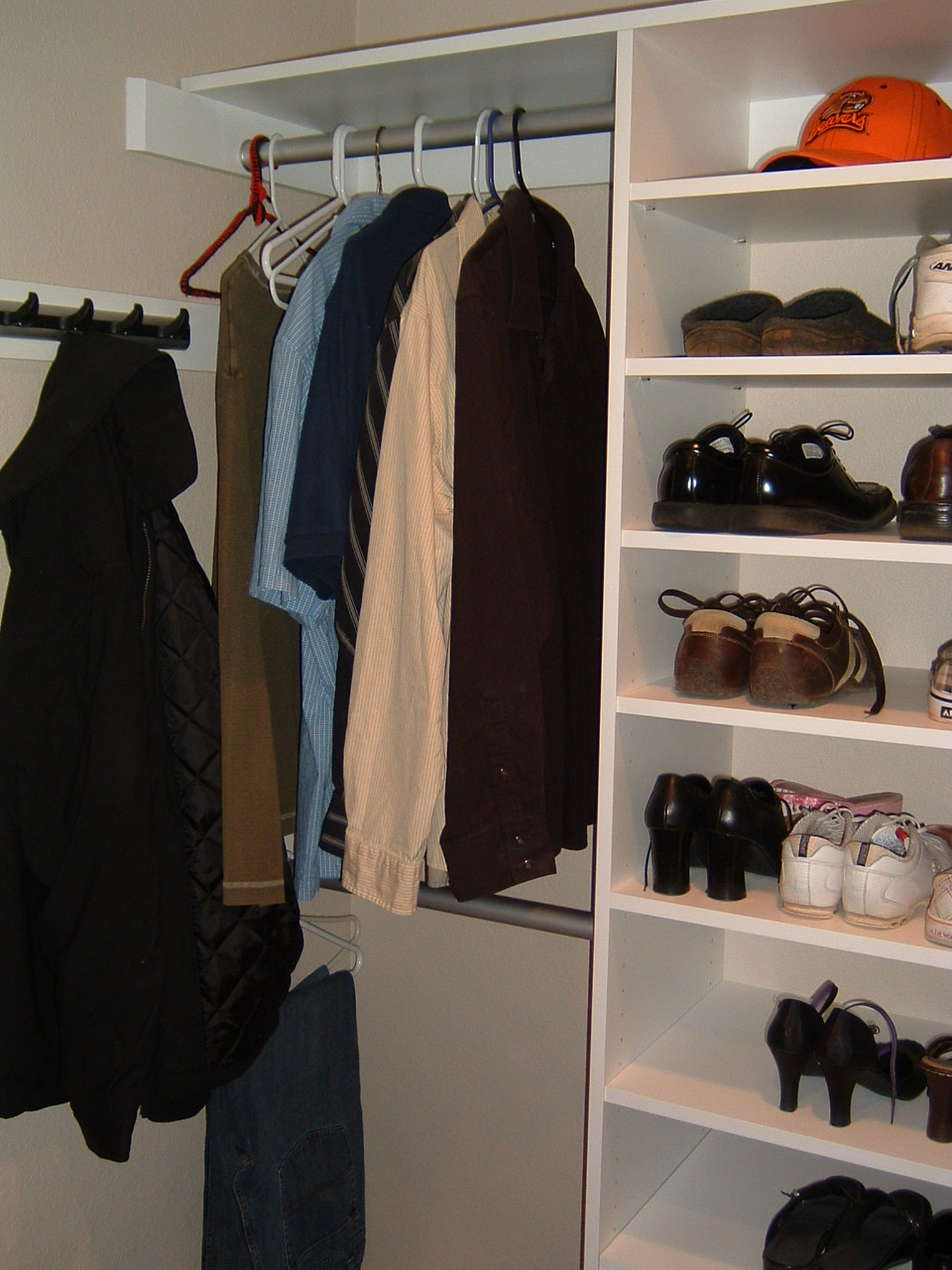 5-Nazaretta Closet .JPG
