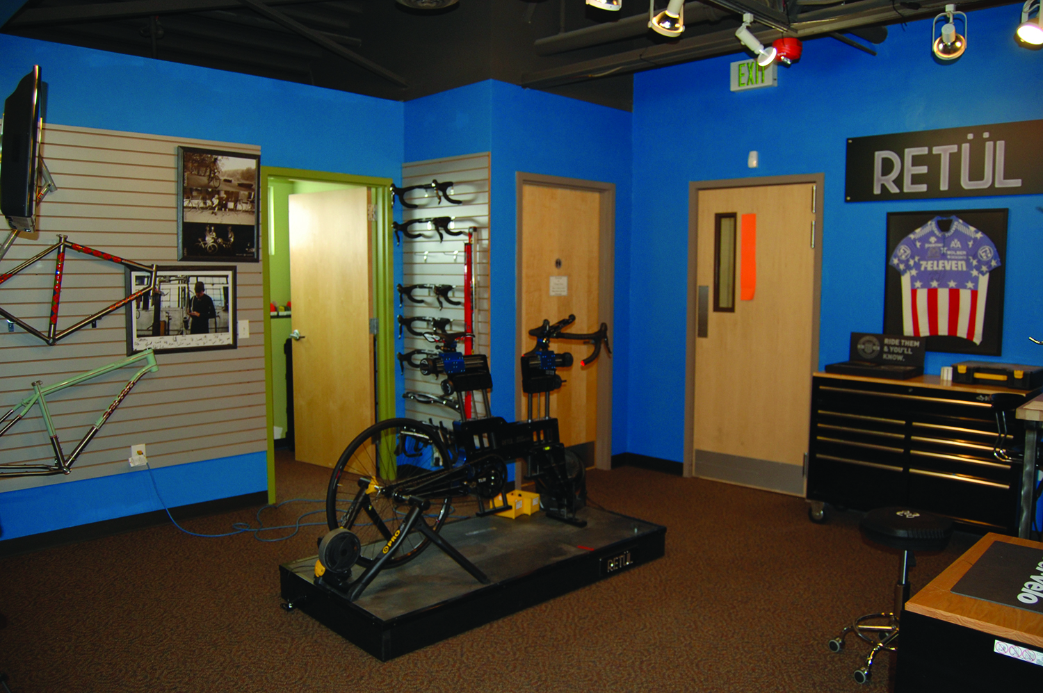 Private Fitting - Custom bike fits are conducted in mezzanine-level bays for peace and quiet and—yes—privacy.