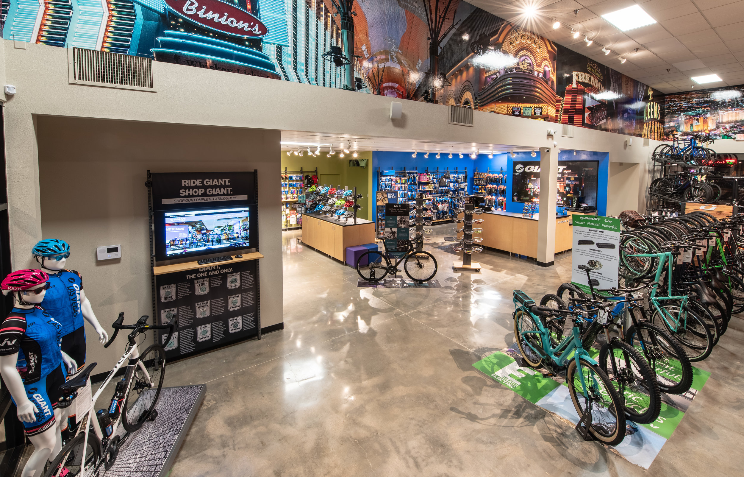 Owners Barry Winter, Tim Foley and Dennis Leffler partnered with Giant—through its GRP program—to open Giant Las Vegas's Summerlin location.  (Giant USA)
