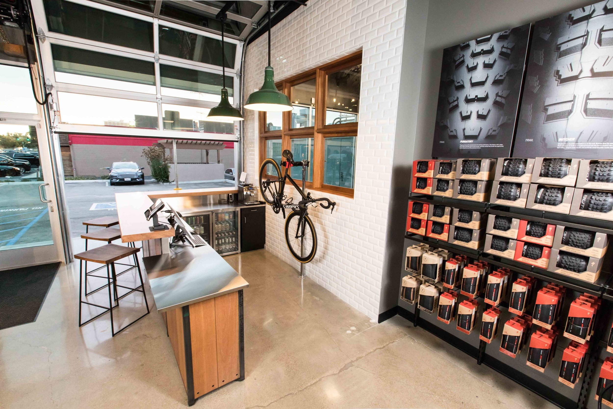 Specialized Costa Mesa, design Victoria Weinberger