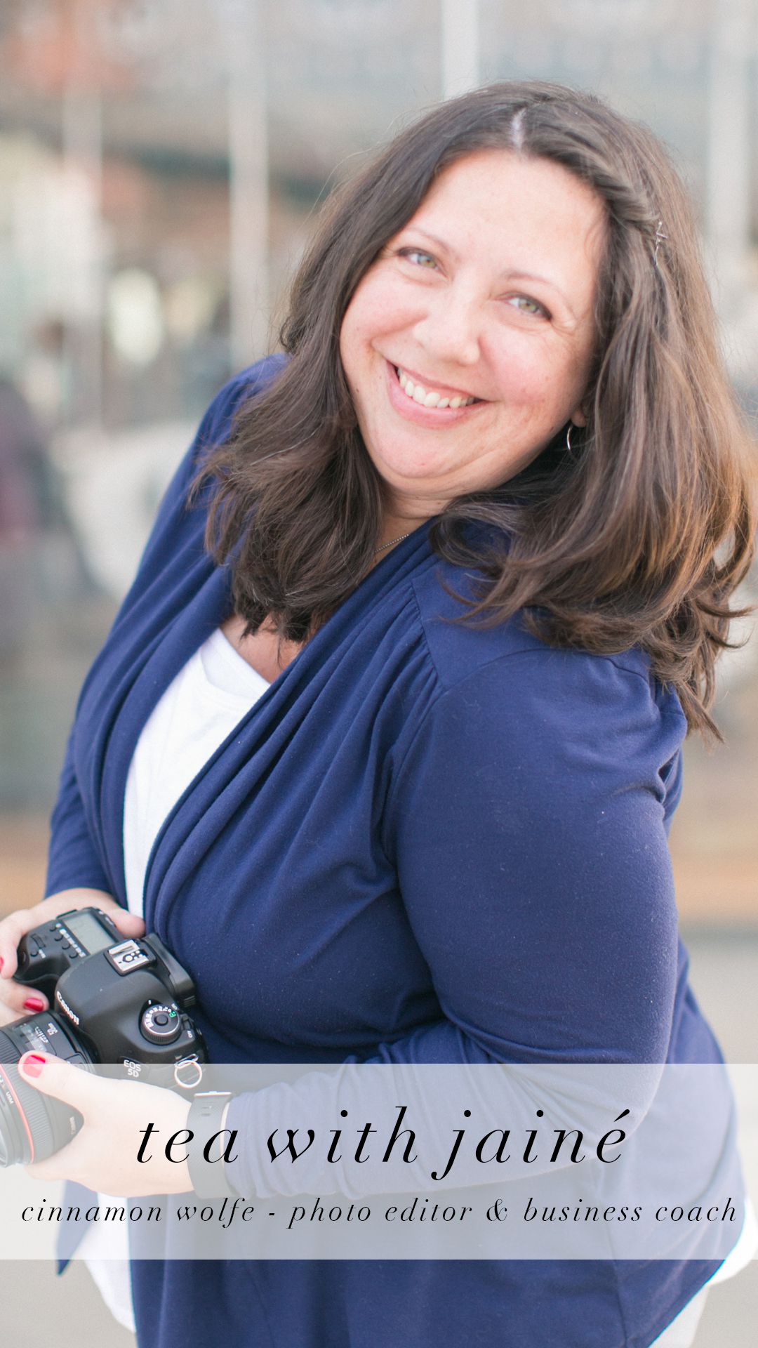 Cinnamon Wolfe Photo Editor and Business Coach