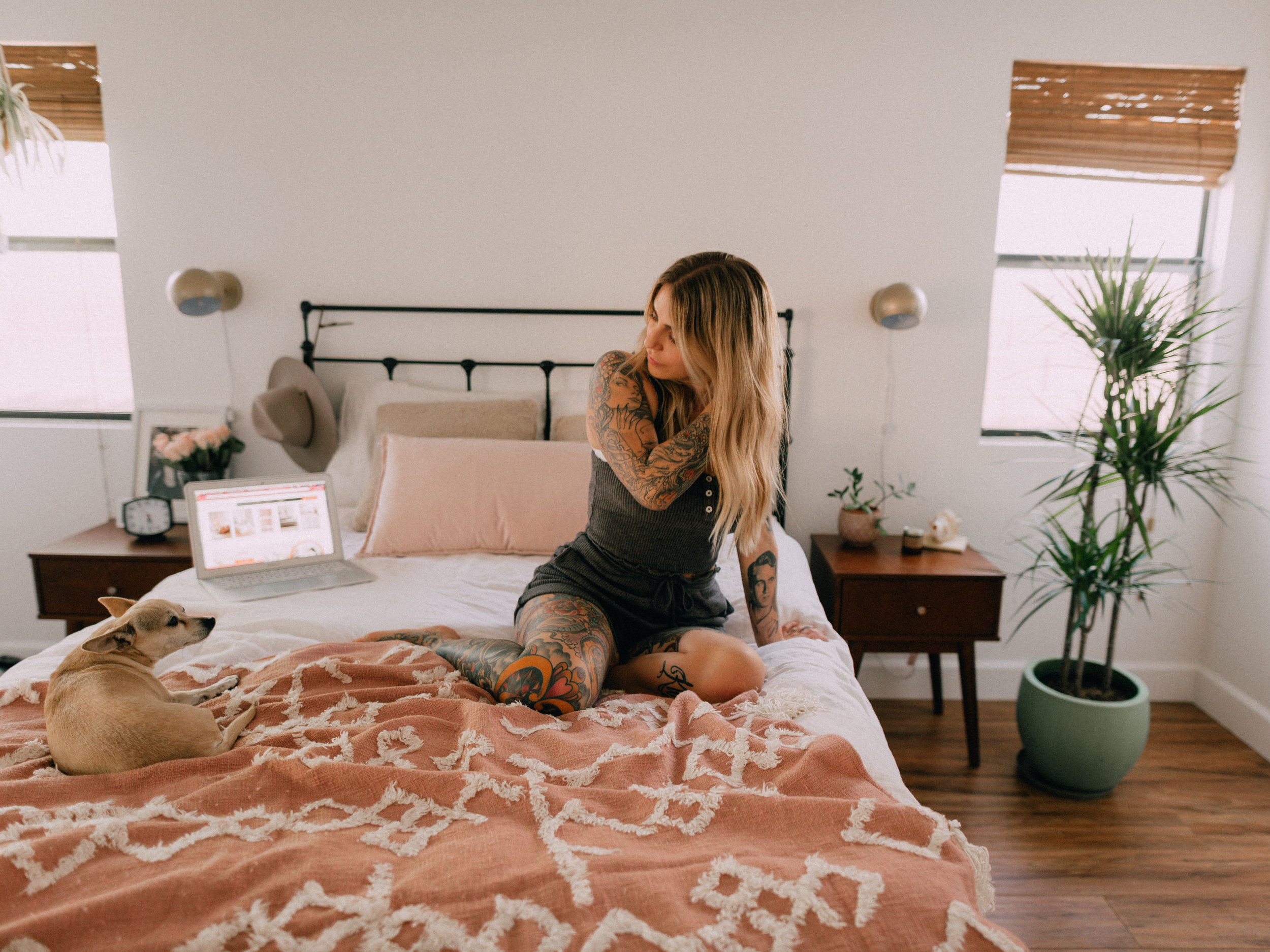 bedroom-makeover-urban-outfitters-4