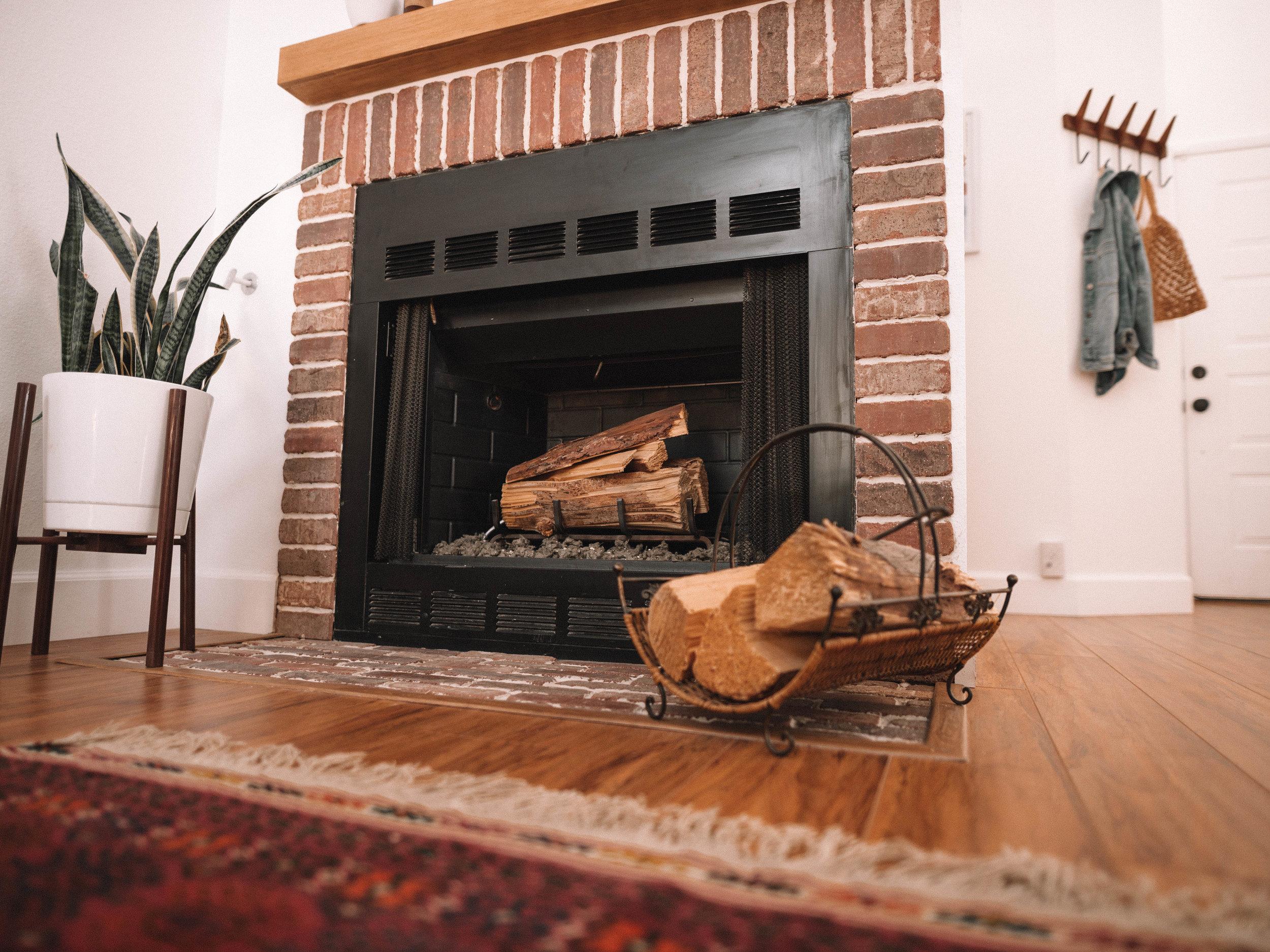 desert-dwelling-fireplace-makeover-2.jpg