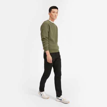 """Everlane - ($-$$) Everlane strives to be known for its """"Exceptional quality. Ethical factories. Radical Transparency."""" Their neutral-toned and easy-to-match wardrobe staples give you a way to stock up on pieces that are both luxurious and ethically made."""