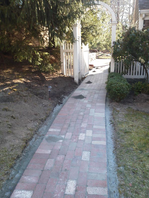 Brick-Paver-Walkway-(3)---Centerville,-MA.jpg