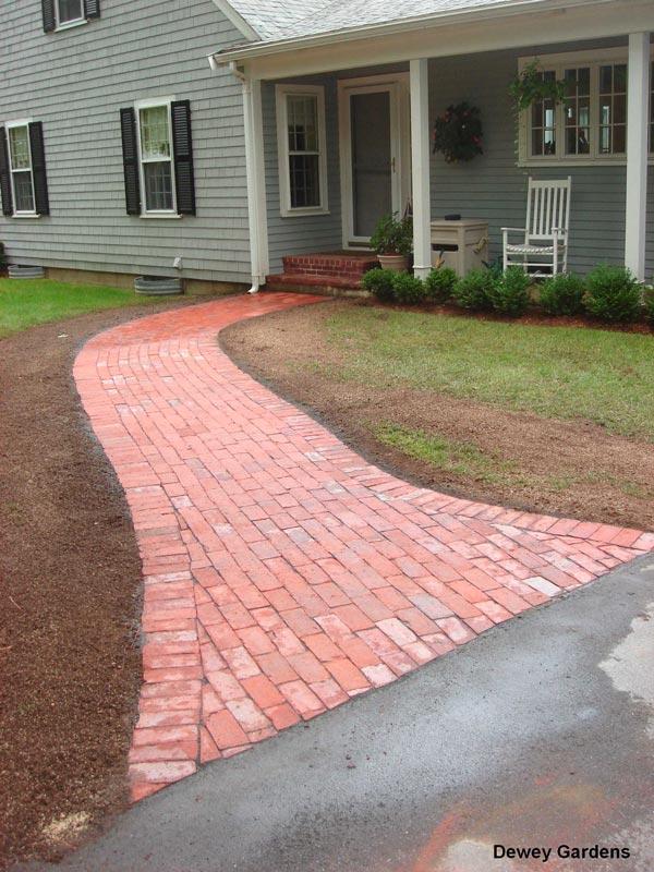 Brick-Walkway---Centerville,-MA.jpg