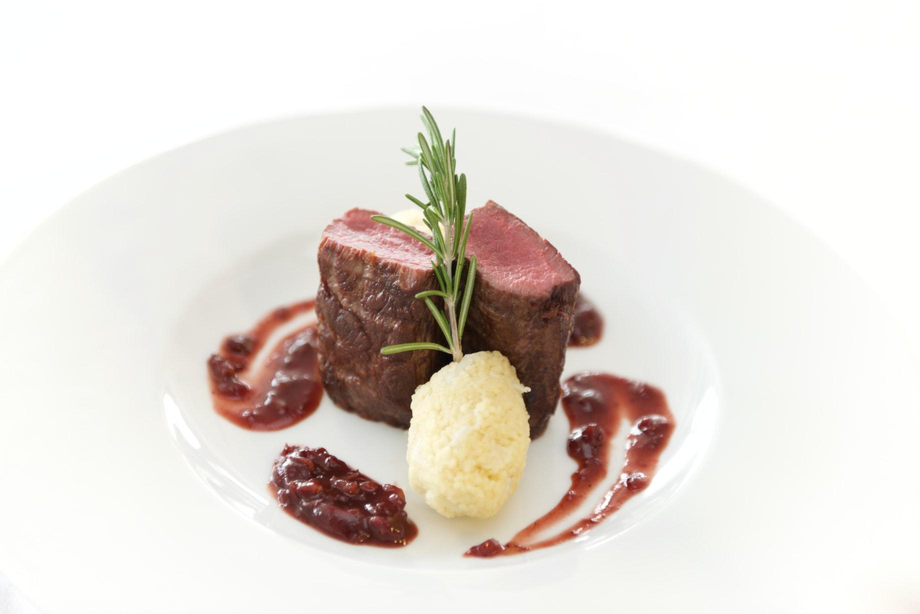 artistic-beef-cuisine-341048.jpg