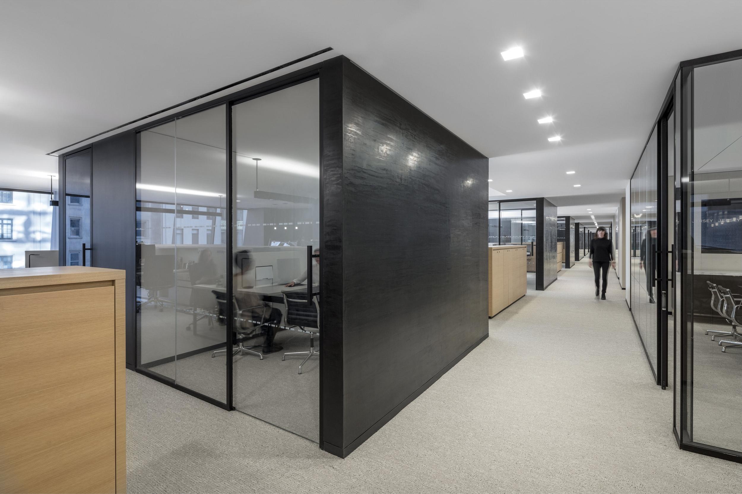 06_6th Floor Corridor.jpg