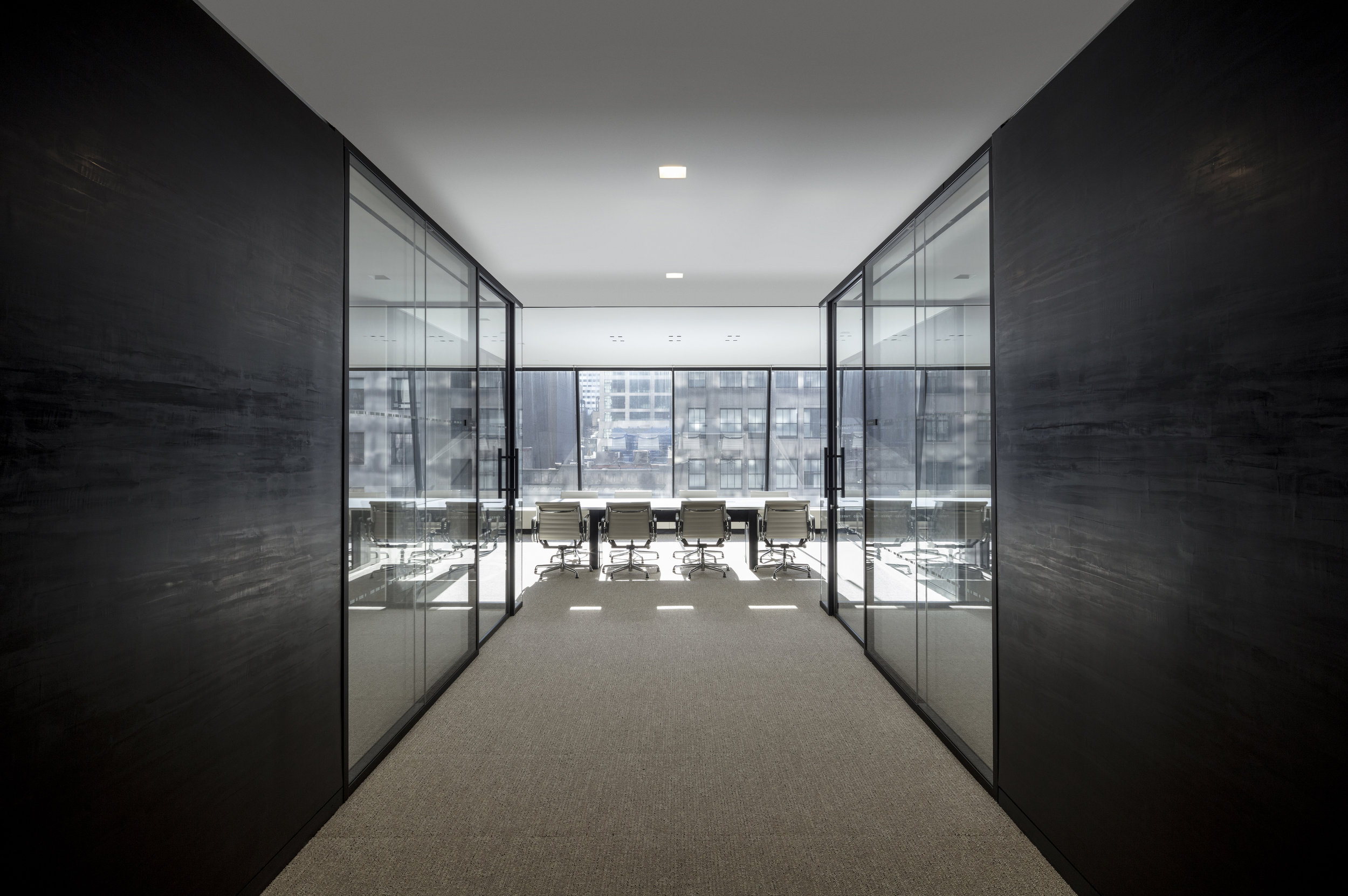 07_LT meeting room.jpg