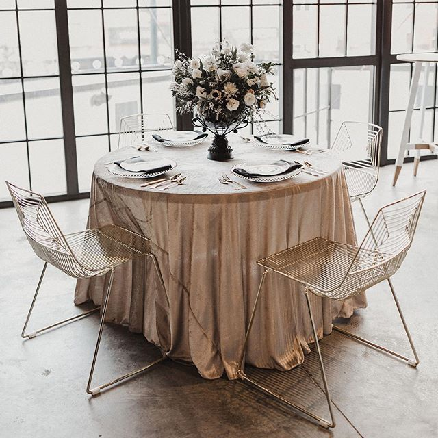 We can't get over how diverse these gold wire chairs are—pictured here at @archetypedistillery with a beautiful, pink velvet tablecloth and black accents. image: @shallynmichelle . . . . #denverwedding #denverweddingplanner #denverweddingplanning #coloradowedding #coloradoweddingplanner #coloradoweddingplanning #denvereventrentals #coloradoeventrentals #weddinginspiration #weddingdecor #coloradomountainweddings #coloradobride #rockymountainwedding #boulderwedding #wedcolorado #weddingrentals #modernbohowedding #denvervenue #engaged #coolbride #ido #modernbride #simplebeautifulmodern