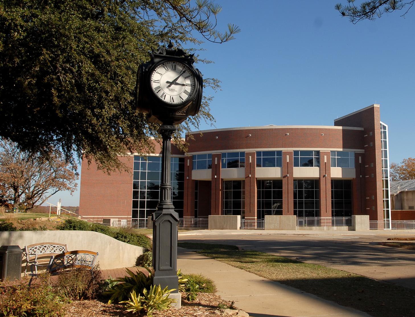 Glen D. Johnson Student Union Durant, OK.jpg