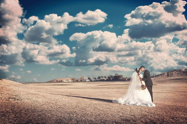 Clouds party! . . . . . . #weddingstyle #weddingmoments  #weddingsph #weddingshoot #bridetobe2019 #theknotrings #bride2019 #bridetobe2020 #losangelesphotography #orangecountywedding #theknotnbeyond #theknotrealweddings #orangecountyweddings #losangelesbride #theknotbride #theknotla