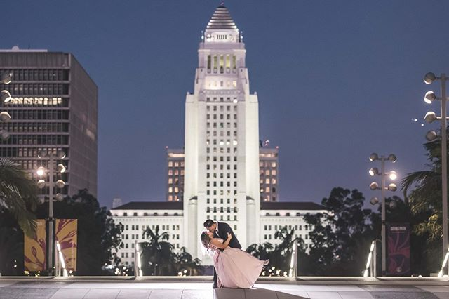 """Photography is the story I fail to put into words."" – Destin Sparks . . . . . . #weddingfashion #marthaweddings  #bridetobe #losangelesweddingphotographer #candidweddingphotography #socalweddingphotographer #weddingdayphoto  #brideportrait #creativeweddingphotography #weddinginsta #instawedd #weddingphotographyinspiration #losangelesweddingphotography #losangelesweddingvideographer #theknotcaliforia"
