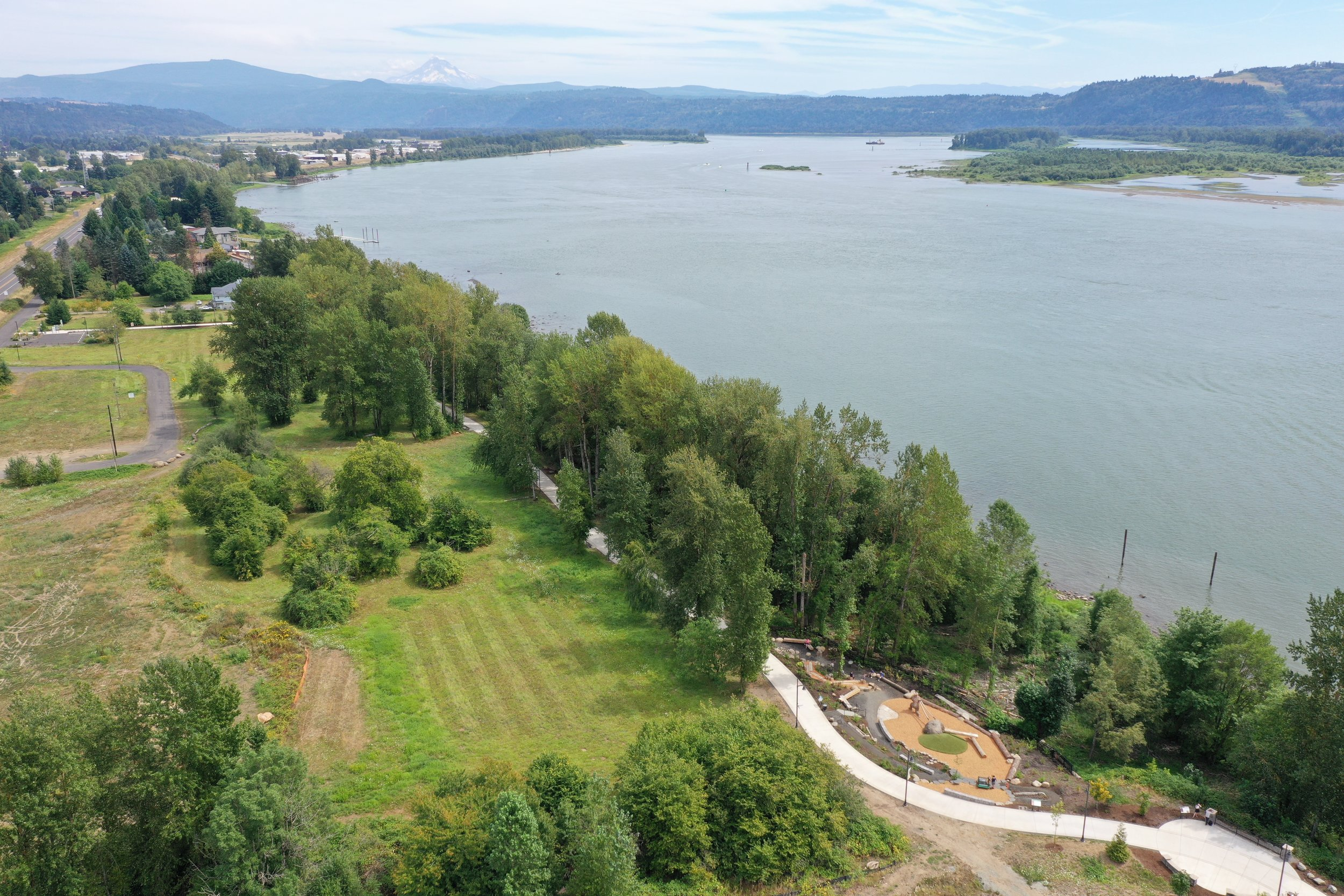 Washougal waterfront nature play area with columbia river and mt hood behind