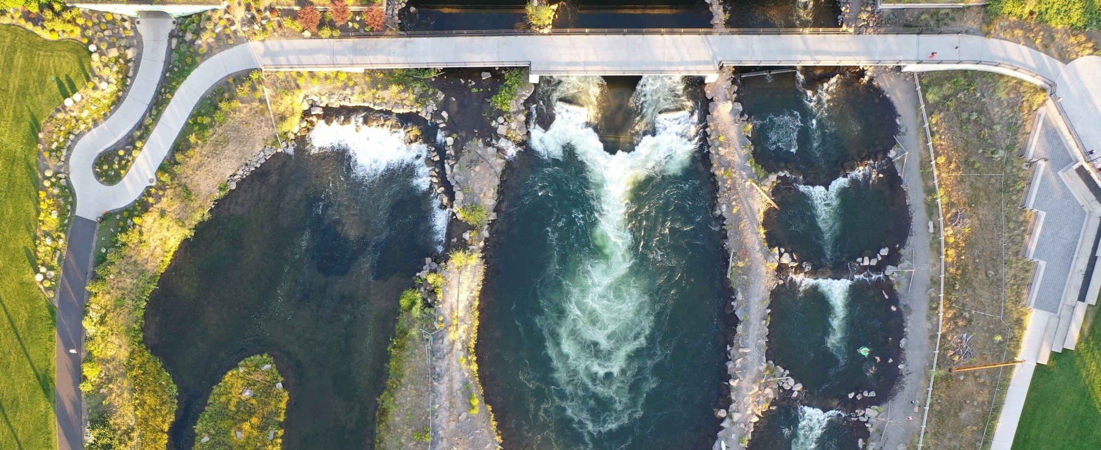 Bend_Whitewater_Park_River_Recreation.jpg