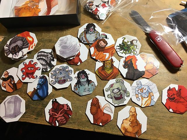 Some of the new Backers' Big Box large tokens. Personal favorite is the manticore! 🦂+🦇+🦁= great #largetokens #backersbigbox . . . . #dnd #dnd5e #dungeonmaster #dungeonsanddragons #DoodlesandDragons #DM #d20 #dungeoneering #drawing #illustration #markers #tokens #art #ttrpg #rpg #roleplayinggame #tabletopgaming  #tabletop #game #kickstarter #entrepreneur #dndiy #olympia #WA