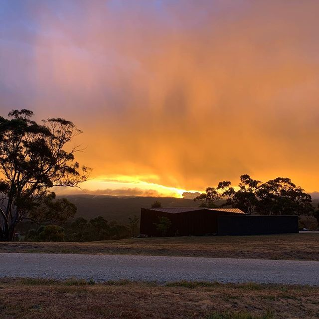 Moody moisture enhanced evenings for Oikos sunsets. #happygarden #daylesfordgetaways #visitvictoria #beautifulaccommodation #luxuryaccommodation #thedesignfiles