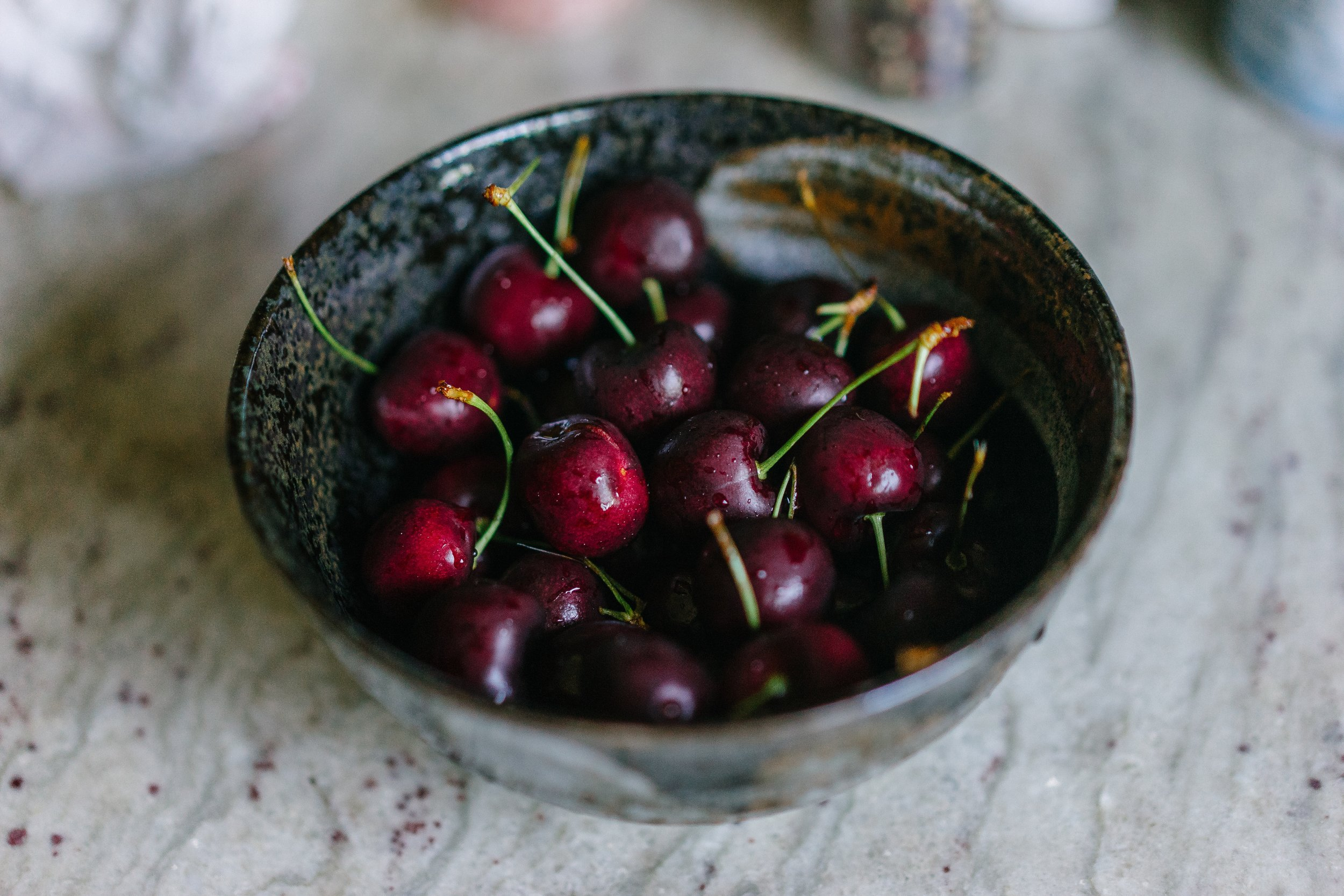 bowl-cherries-cherry-1283749.jpg