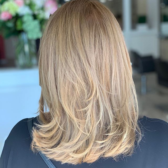 Finishing Friday night on a high note! Root retouch and colour-balancing plus haircut by Kevin Charles.  Styled and finished by Natalie - Great team work !! Bringing hair alive again, GORGEOUS with excitement, organic high lights on this beautiful Californian girl. 🌴  Kevin Charles Salon