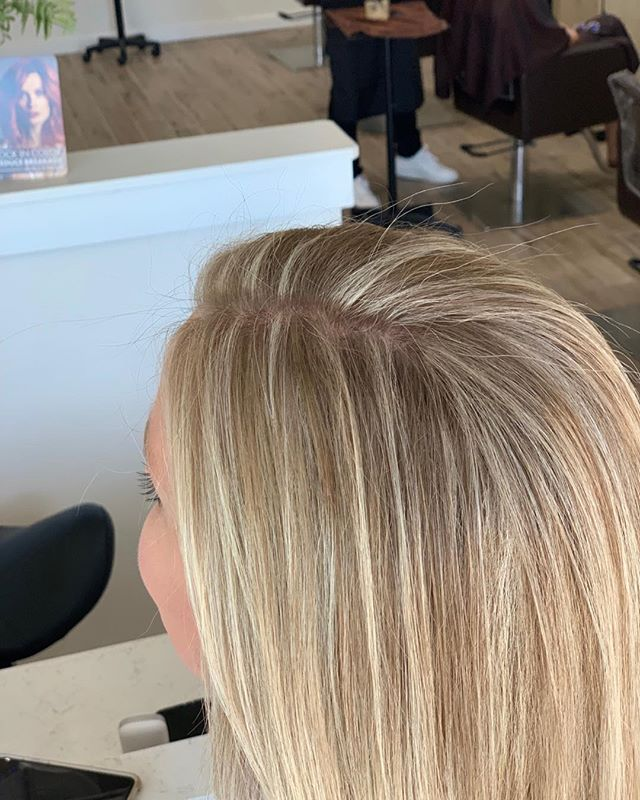 Gorgeous buttery blonde high lights by Kevin Charles - his unique application,mixing balayage with regular high lights to create this natural look. He says its ideal for the transition from summer to fall for the girls with a busy schedule that can't get in as often as they would like, There is zero regrowth demarcation.  He takes different angled sections to create  sun kissed hair.