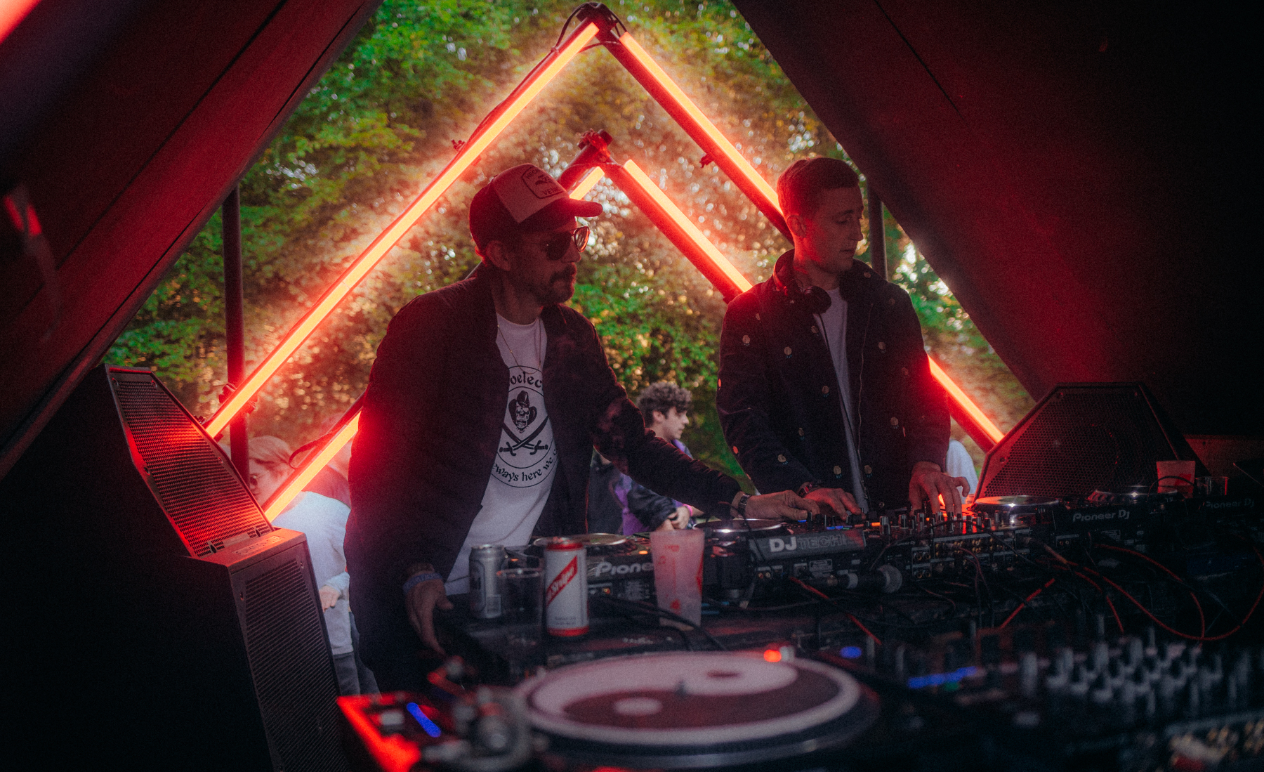 Gottwood 2019 - Will Philpin When It Rains Creative (Large)-2.jpg