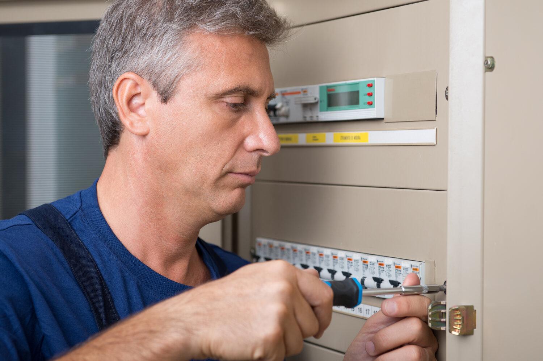 residential electrician perth circuit breakers