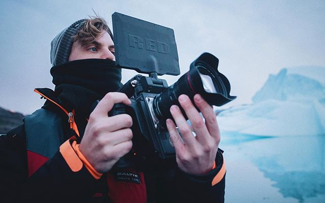 Zodiac cruising getting up nice and close to the iceburg action with the @reddigitalcinema Epic W. Thanks for the photo @dom_west_ #greenland #iceburg #reddigitalcinema #shotonred #redepic #8k #nature #adventure #travel #documentary #camera #cinematography