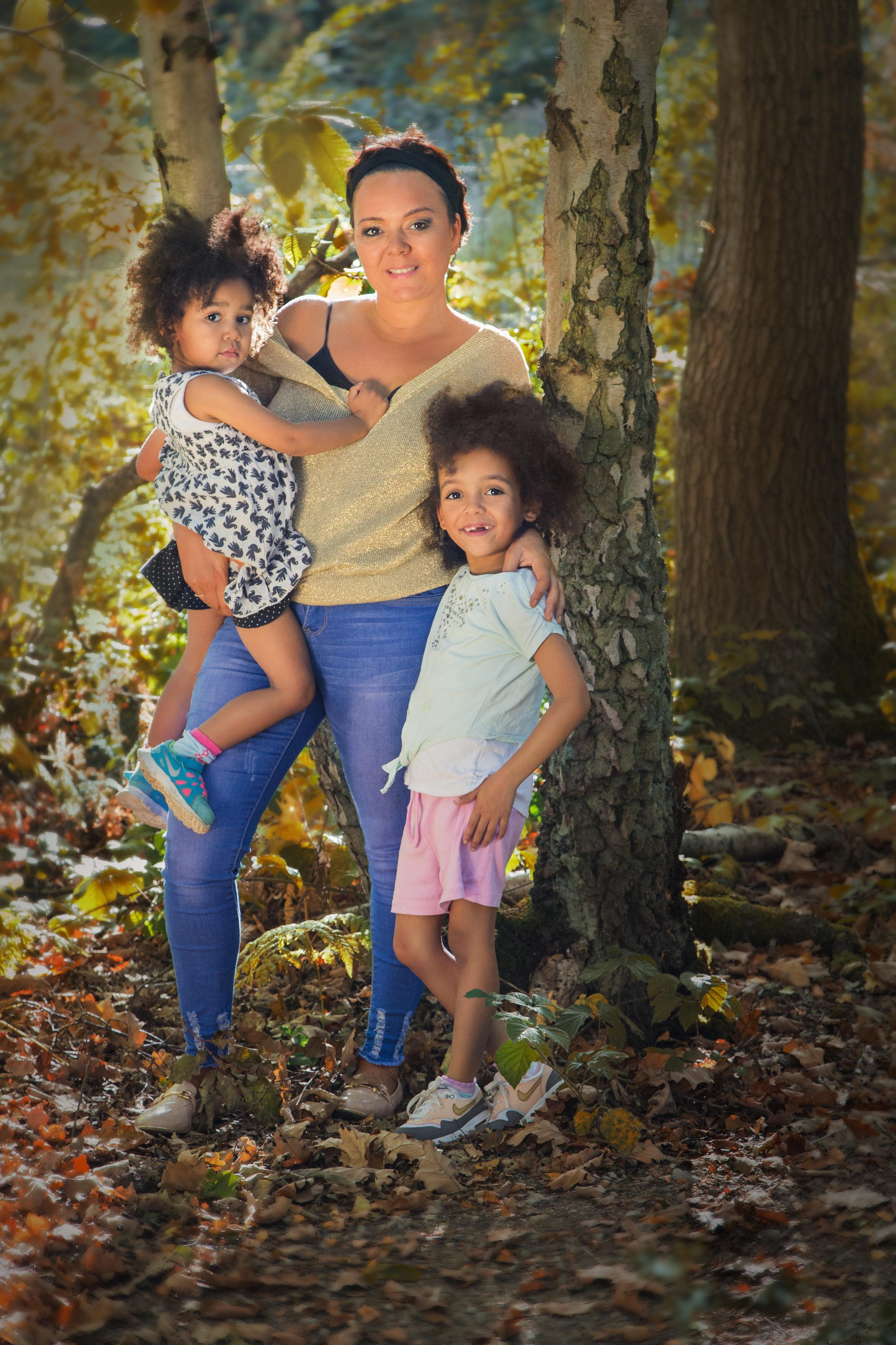 Donia & Kids_-2-Edit.jpg