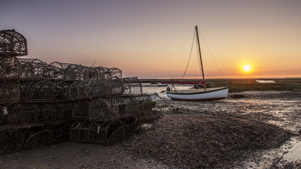 Brancaster Staithe Morning Sunrise 1920 x 1080.png