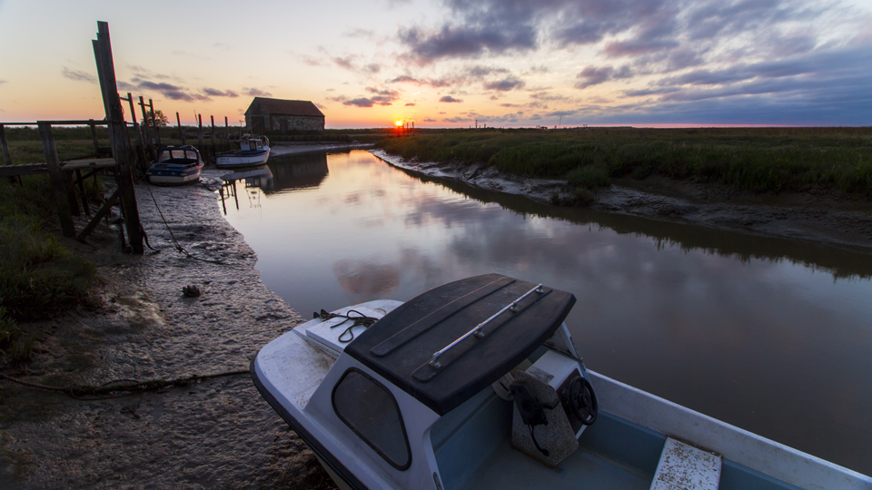 Thornham Harbour Sunset 1920x1080.png
