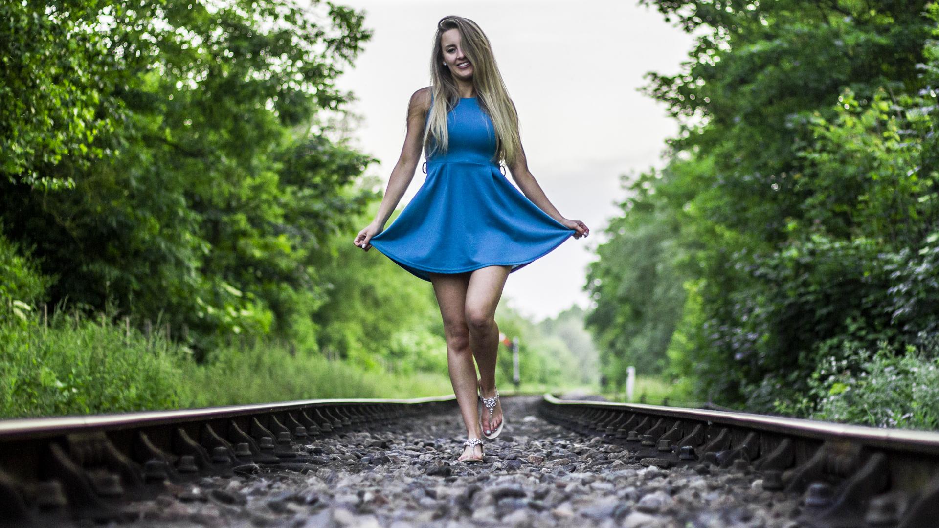 Zoe Railway 1920x1080.jpg
