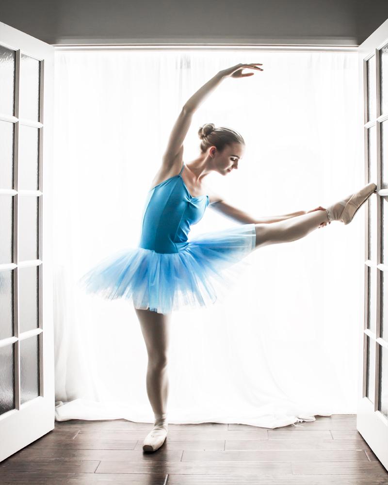 Ballerina 8 in x 10 in.jpg
