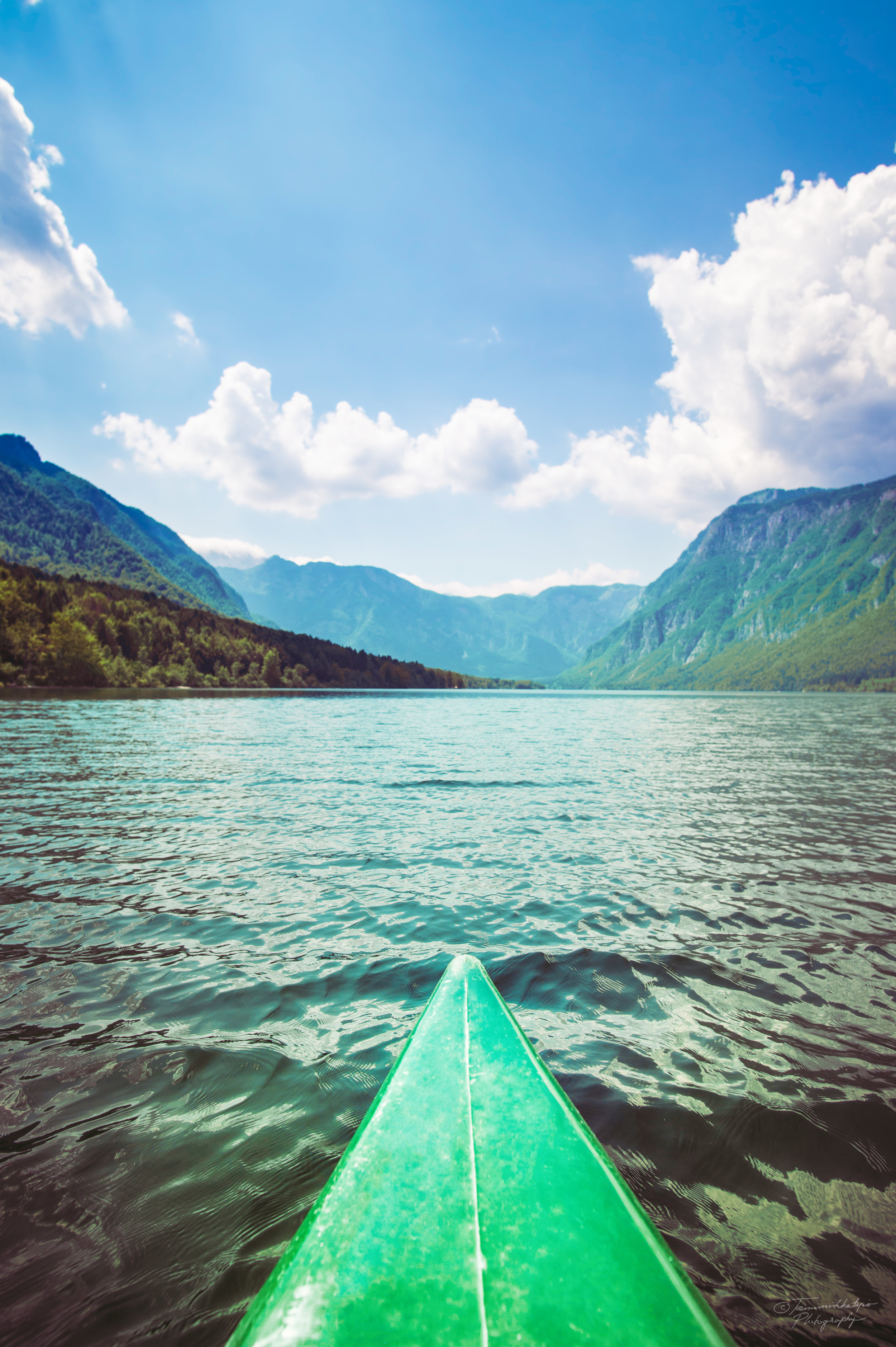 Cayaking on a slowenian lake on a summer day.jpg